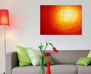 Rood schilderij Vurig lichtpuntje boven een grijze bank