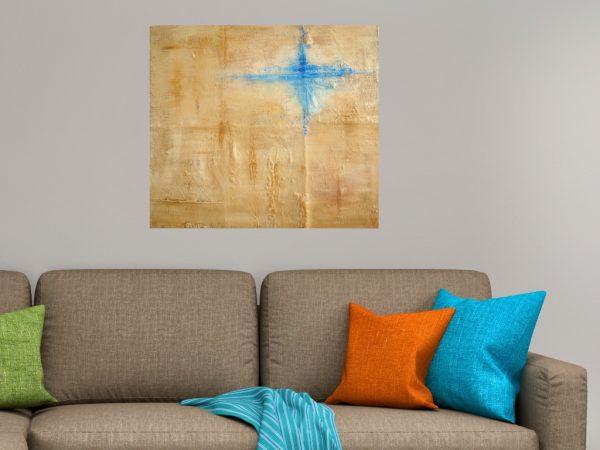 Schilderij naturel - Spoor van liefde II boven bruine taupe bank - Marloes van Zoelen