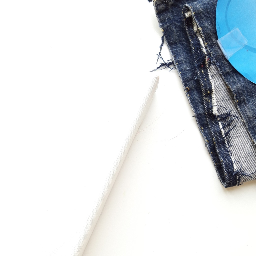 Leeg doek met jeans - Marloes van Zoelen