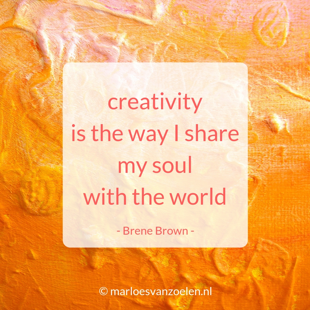 Schilderij Licht spiegelbeeld - Met quote Creativity Brene Brown