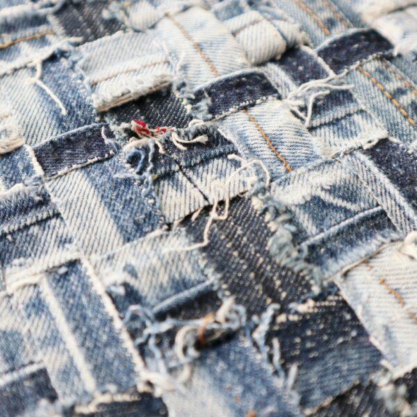 Textiel schilderij Diepe verbondenheid - Detail - Marloes van Zoelen