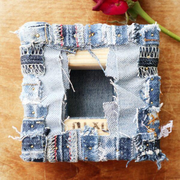 Jeans schilderij Innig verbonden I - Achterzijde - Marloes van Zoelen