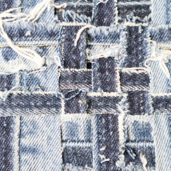 Schilderij met lapjes stof - Innig verbonden - Detail - Marloes van Zoelen