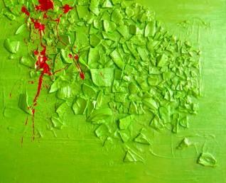 Abstract, kleurrijk schilderij van 80 x 80 cm met echte scherven erin verwerkt.